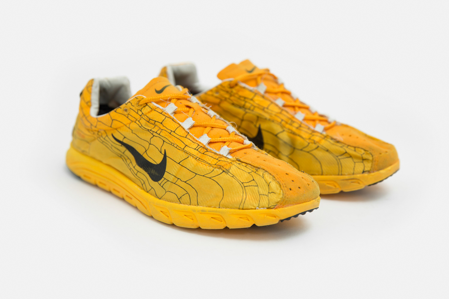 b10f6e9ab35 The Nike Mayfly was designed to last 100 km before falling apart. Its  limited lifespan allowed it to be incredibly lightweight and cheap to  manufacture