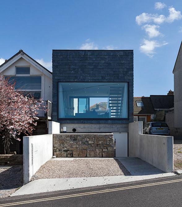 graham gaunt Modern Coastal House